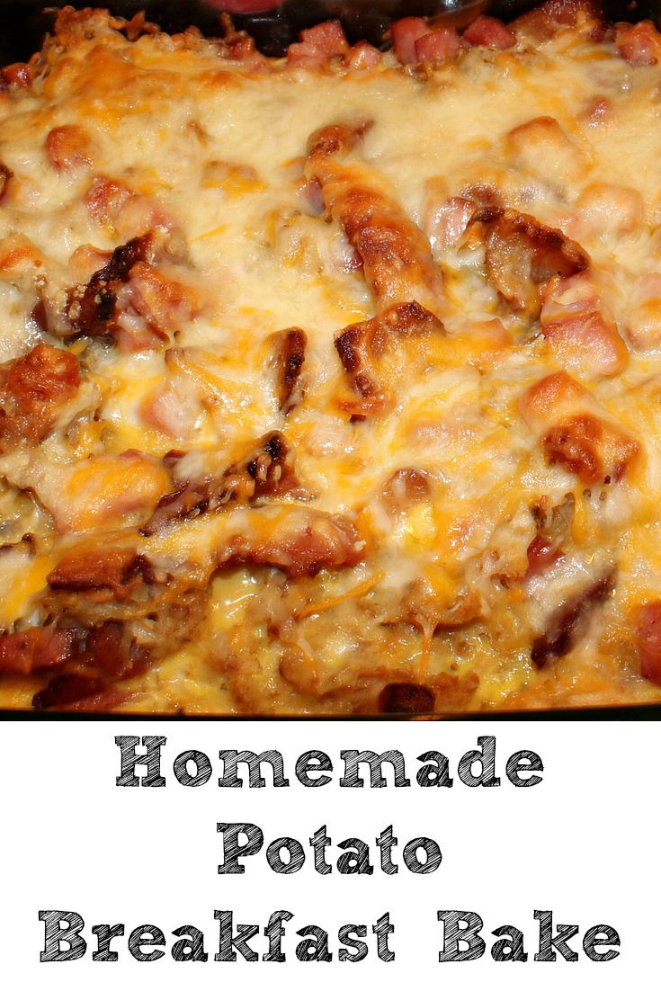 This easy Homemade Potato Breakfast Bake is the perfect way to make a filling breakfast! Homemade hashbrowns with a lot of meat, eggs, and cheese is perfect
